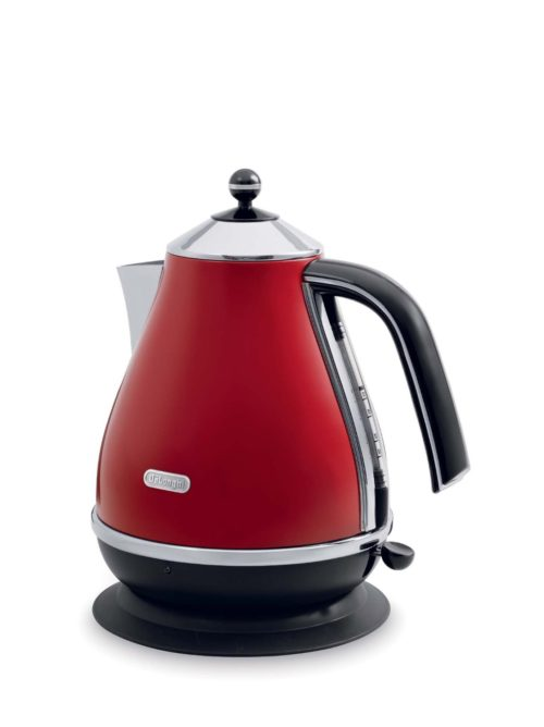 DeLonghi Electric Kettle Red