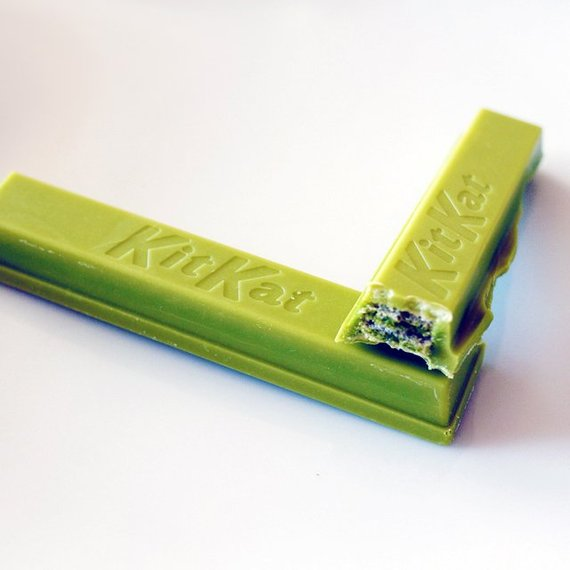 matcha green tea KitKat bars